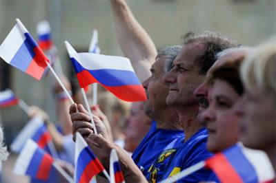 Особенности государственной программы: смогут ли носители русского языка получить гражданство РФ за три месяца?