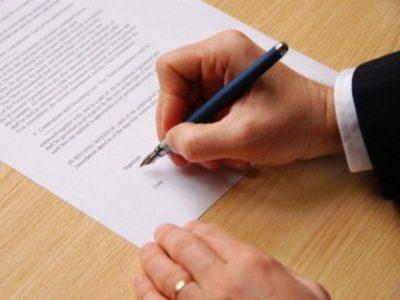 Не знаете, как заключить договор аренды квартиры между физическими лицами? А между юрлицами? Расскажем все подробности