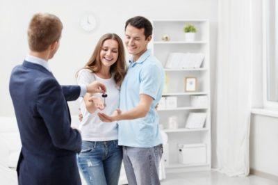Как оформить покупку квартиры через агентство