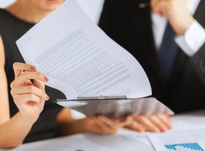 Изображение - Пакет документов для получения ипотеки в газпромбанке pdpisanie_dogovora_ipoteki_s_bankom_1_18110014-400x295