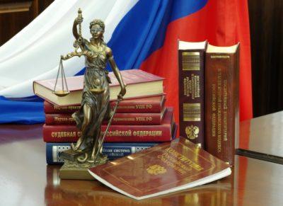 Материальное содержание совершеннолетних: в каких случаях платят алименты после 18 лет в России?