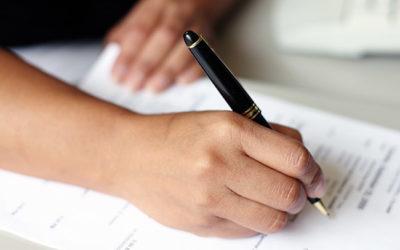 Изображение - Заключение брачного договора при ипотеке во время брака – когда требуется и как составить pishet_zayavleniya_1_29065353-400x250