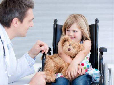 До скольки лет можно ходить на больничный с ребенком